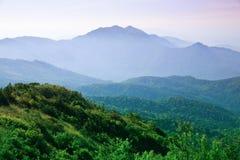 Landschaft der Berge lizenzfreie stockbilder