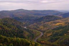 Landschaft in der Herbstzeit. stockbild