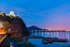Landschaft der inuyama Stadtansicht mit kiso Fluss in der Nacht Lizenzfreies Stockbild