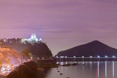 Landschaft der inuyama Stadtansicht mit kiso Fluss in der Nacht Stockfotografie