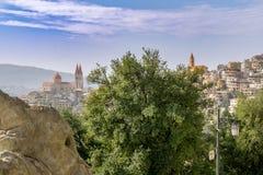 Landschaft der libanesischen Stadt in den Hochländern stockfotos
