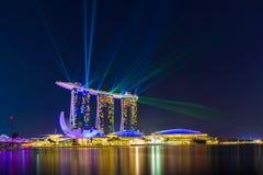 Landschaft der Marina Bay Sands-Laser-Show lizenzfreies stockbild