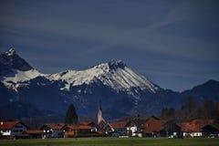 Landschaft der Stadt von Fussen Schwarzwald Deutschland lizenzfreie stockbilder