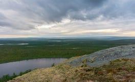 Landschaft der Tundra bei Sonnenuntergang, Finnmark, Norwegen Stockbild