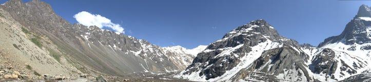Landschaft des Bergschnees in Santiago, Chile Lizenzfreie Stockbilder