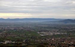 Landschaft des PO-Tales mit der Stadt und der Landschaft Stockbild