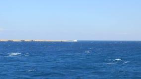 Landschaft des Roten Meers stock video footage