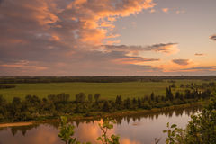 Landschaft des Rotwild-Flusses Lizenzfreie Stockbilder