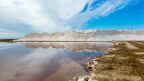 Landschaft des Salzbergwerks Sanlucar de Barrameda stockbild