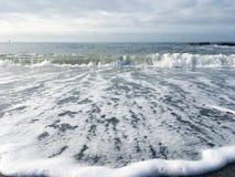 Landschaft des Schwarzen Meers und der Wellen Lizenzfreies Stockbild