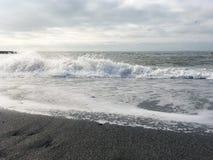 Landschaft des Schwarzen Meers und der Wellen Lizenzfreies Stockfoto