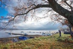 Landschaft des Sees Yamanaka am fr?hen Morgen, Japan stockfotos