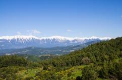 Landschaft des Tales und der Berge Stockfotos
