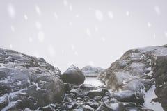Landschaft des verschneiten Winters stockfoto