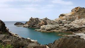 Landschaft eines felsigen Strandes Lizenzfreie Stockfotografie