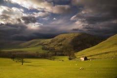 Landschaft im Höchstbezirk. England Lizenzfreie Stockbilder
