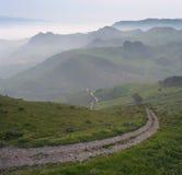 Landschaft im Nebel Stockfotos