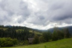 Landschaft in Karpaten im auturmn Lizenzfreies Stockbild