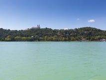Landschaft mit Abtei von Tihany Stockfoto