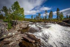 Landschaft mit Fluss Lizenzfreie Stockbilder