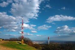 Landschaft mit Freileitungsmast Lizenzfreie Stockbilder