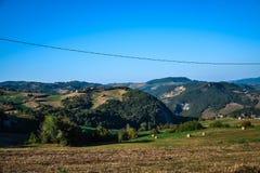 Landschaft mit Hügeln Stockfotos