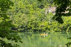 Landschaft mit Hamori See in den Buchen-Bergen, Ungarn Lizenzfreies Stockbild