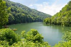 Landschaft mit Hamori See in den Buchen-Bergen, Ungarn Lizenzfreie Stockfotografie
