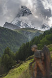 Landschaft mit Matterhorn-Spitze Lizenzfreie Stockbilder