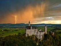 Landschaft mit Neuschwanstein Schloss Lizenzfreies Stockfoto