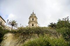 Landschaft mit San Giorgio Cathedral in Modica lizenzfreie stockbilder