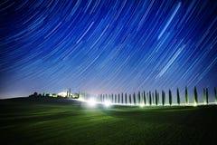 Landschaft mit Sternspuren Stockbilder