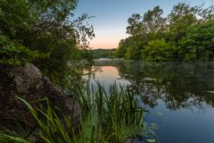 Landschaft nahe dem Myhiia-Fluss ukraine Stockfotografie
