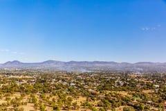 Landschaft nahe den Ruinen von Teotihuacan in Mexiko lizenzfreies stockfoto