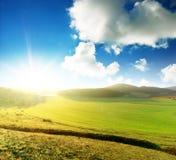 Landschaft am Sonnenaufgang. Stockfotos