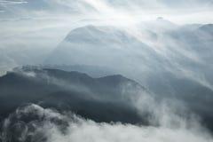 landschaft Sonnenaufgang auf der Berg-Adam-` s Spitze Sri Lanka Stockbilder