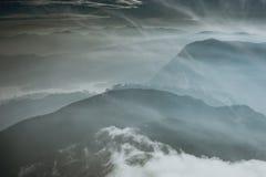 landschaft Sonnenaufgang auf der Berg-Adam-` s Spitze Sri Lanka Lizenzfreie Stockbilder