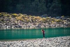 Landschaft um das Brüllen von Billy Falls Track, gelegen in strebendem Nationalpark Mt, Neuseeland stockbilder
