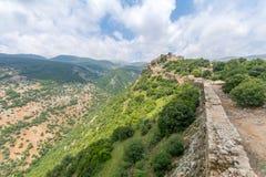 Landschaft und Nimrod Fortress lizenzfreie stockfotografie