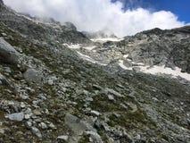 Landschaft von adamello Tal auf die Oberseite des Berges Lizenzfreies Stockfoto