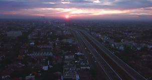 Landschaft von Becakayu-Mautstraße in Jakarta stock video