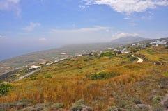 Landschaft von griechischer Insel Santorini Stockfoto