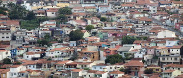 Landschaft von kleiner Stadt Stockbilder