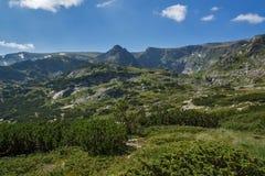 Landschaft von Rila Mountan nahe, die sieben Rila Seen, Bulgarien Stockfoto