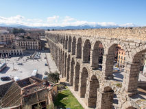 Landschaft von Roman Aqueduct, der berühmte Markstein von Segovia, Spanien Lizenzfreie Stockfotos