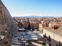Landschaft von Roman Aqueduct, der berühmte Markstein von Segovia, Spanien Lizenzfreies Stockfoto