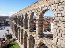 Landschaft von Roman Aqueduct, der berühmte Markstein von Segovia, Spanien Stockfotografie
