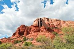 Landschaft von sedona mit heiliger Kapelle, im arizon Stockfotos