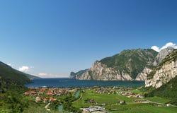 Landschaft von See Garda lizenzfreies stockbild