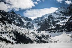 Landschaft von Tatry, polnische Berge, Winterzeit polen Stockbilder